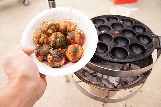 たこ焼きをわざわざバーベキューグリルを使って調理する意味