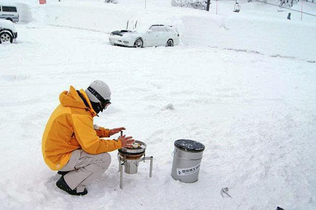 寒冷地で暖をとってみた in スキー場